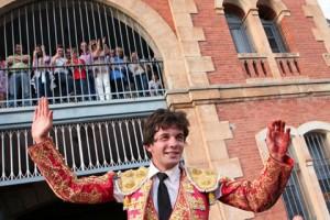 Navasfrias - El Carnaval del Toro, del 17 al 21 de febrero, tendrá dos festivales taurinos, que se celebrarán el 18 y el 21 de febrero, en el coso cuadrangular que esos días se construye en la Plaza Mayor Mirobrigense