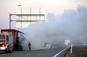 Navasfrias - Ciudad Rodrigo, un camión accidenta a la altura de ciudad rodrigo y obligó a cortar el trafico en la A62