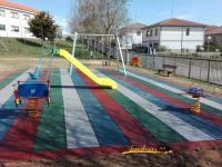 Navasfrias - Terminado parque infantil Navasfrias 2016